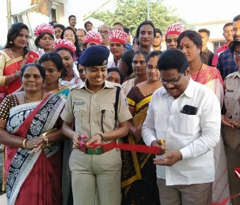 Sarah Sharma helps transgenders to set up cafe in Gajapati